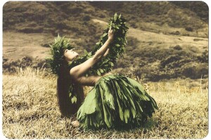 Hawaiian-Woman-Thanks_Traditional-Costume-sepia-tone-1024x681